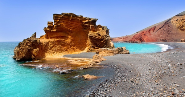 Flights from Bordeaux to Lanzarote